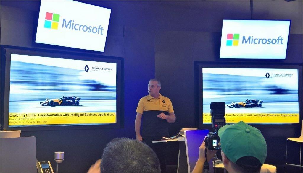 Chứng chỉ Microsoft là loại chứng chỉ để chứng minh bạn đã đủ khả năng và sử dụng thành thạo các kĩ năng của Microsoft